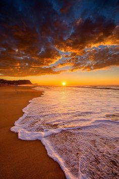 Sunset is the sunset in the afternoon. That time is beautiful scenery. We will present an article about sunset quotes love. Sunset Pictures, Beach Pictures, Nature Pictures, Nature Images, Cool Pictures, Natur Wallpaper, Sunset Wallpaper, Beautiful Nature Wallpaper, Beautiful Landscapes