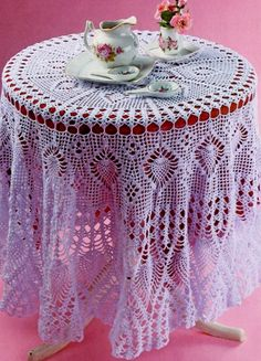 How to tie a tablecloth crocheted