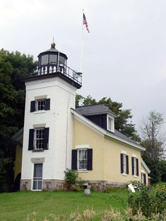 Grand Island North Lighthouse, Michigan at Lighthousefriends.com