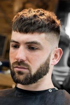 10 timeless French crop haircut variations in the year 2018 styling guide - Hair Cutting Style Trendy Mens Haircuts, Short Layered Haircuts, Layered Hairstyles, Short Hairstyles For Men, Mens Hairstyles 2018, Athletic Hairstyles, Trendy Hair, Medium Hair Cuts, Short Hair Cuts