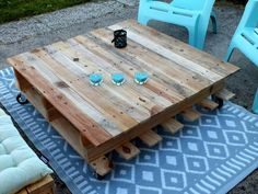 Pallet Made Set of Wooden Bench and Coffee Table