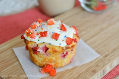 Protein Treats By Nicolette : Single Serving Strawberry 'N Cream Protein Cake
