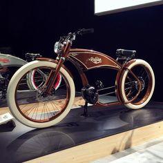 "Ruff Cycles ""The Ruffian"" Electric Cruiser/Chopper Bike"