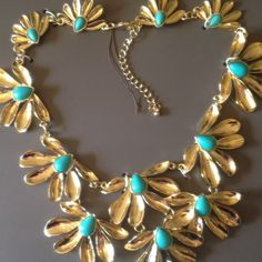 ✂️PRICE CUT✂️ Turquoise & Gold Statement Necklace does not have tags but it is brand new, never worn. dresses up any plain dress or top. has extender. original price is $40. not anthropologie but tagged for exposure! Anthropologie Jewelry Necklaces