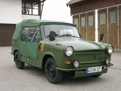 Trabant 601 Kübel Convertible, Veteran Car, Mobiles, German Army, Amazing Cars, Animals Beautiful, Vintage Cars, Cool Cars, Classic Cars