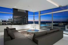 Welcoming Two-In-One Guest House In Camps Bay