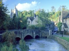 Picturesque Cotswold's village of Castle Combe, England, GB Places Around The World, Oh The Places You'll Go, Places To Visit, Around The Worlds, Cotswold Villages, Castle Combe, English Village, English Cottages, England And Scotland