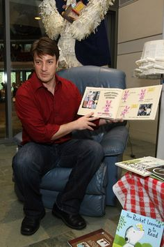 swoon. Nathan Fillion reading Knuffle Bunny Free by Mo Willems.