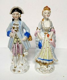 """Vintage Colonial Man Woman Couple Figurine Japan Hand Painted Statues Pair 9"""""""