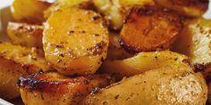 patatesFoyrnoy Greek Potatoes, Lemon Potatoes, Roasted Potatoes, Roasted Vegetables, Veggies, Potato Dishes, Potato Recipes, Vegetable Recipes, Veggie Food