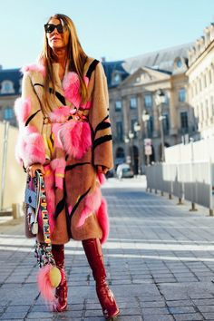 Being on a budget doesn't mean your style has to suffer. Fast Fashion, Love Fashion, Winter Fashion, Womens Fashion, Fashion Design, Anna Dello Russo, Best Street Style, Autumn Street Style, Street Chic