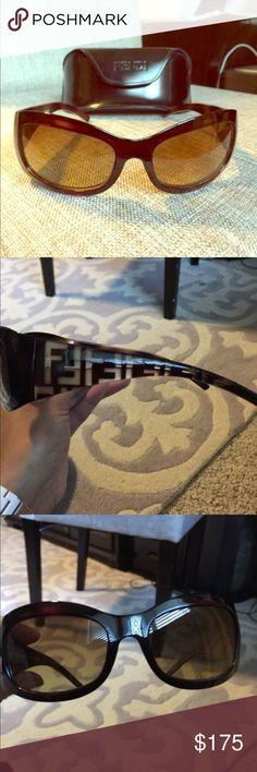 Women's Fendi Sunglasses Women's brown Fendi Sunglasses. Fendi Accessories Sunglasses