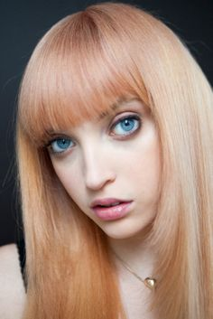 Hairstory™ is dedicated to helping people rethink everything about hair care products to create their healthiest hair. Creative Hair Color, Blunt Bangs, Fringe Bangs, Creative Hairstyles, Strawberry Blonde, Light Hair, Hair A, About Hair, Headdress