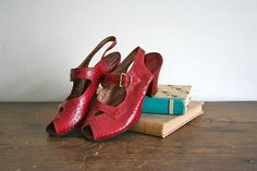 vintage 40s red shoes  GLAMOUR SHOES peep toe heels / US by MsTips, $118.00