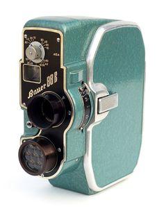 """"""" Vintage seafoam green Bauer Super 8 Movie Camera, circa """" Beautiful typography and design. Vintage Design, Vintage Love, Retro Vintage, Vintage Horror, 3d Camera, Movie Camera, Video Camera, Retro Camera, Antique Cameras"""