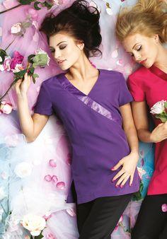 Abbigliamento da lavoro clean & beauty per parrucchiere, estetiste, centri benessere e settore pulizie. Acquista la tua casacca o camice a prezzi economici su gecoshopping