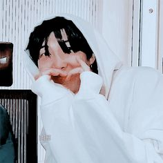 Animated gif shared by 𝙩𝙖𝙚𝙠𝙚. Find images and videos about gif, bts and namjoon on We Heart It - the app to get lost in what you love. Namjoon, Taehyung, Jimin, Aesthetic Themes, Kpop Aesthetic, K Pop, We Heart It, Bts Group Photos, Rap Lines