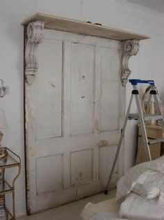 30 Modern Wall Decor Ideas Recycling Old Wood Doors for Unique Room Design - headboard made from old doors, corbels Best Picture For diy crafts For Your Taste You are looking - Headboard From Old Door, Headboard With Shelves, Headboard Door, Storage Headboard, Antique Door Headboards, Shabby Chic Headboard, Distressed Headboard, Door Bed, Vintage Headboards