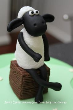 Shaun The Sheep Cake Topper by Jake's Cakes, Perth Western Australia - See Directory Listing at www.cakeappreciationsociety.com