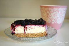 TULPPAANIUNI: Mustikka-juustokakku Finnish Recipes, Sweet Bakery, Vanilla Cake, Cheesecake, Goodies, Food And Drink, Gluten, Sweets, Baking