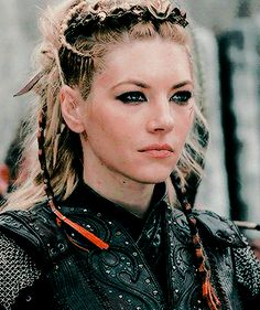 welcome to katheryn winnick daily!we strive you to bring you the best and latest of the very lovely and talented katheryn winnick. Vikings Lagertha, Katheryn Winnick Vikings, Vikings Tv, Ragnar Lothbrok, Viking Warrior, Viking Queen, Warrior Women, The Valiant, Shield Maiden