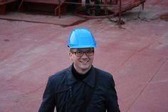 """Jacob A. Sterling, Head of Climate and Environment at Maersk Line, on board Ebba Maersk     PS. (Jeg så Jacob A. Sperlings Video på Twitter med Vietnamesiske bådflygtninge og fra min udstilling i Aalborg 1982 med tema  """"Vietnamesiske bådflygtninge"""" var hædersgæsten Hoang Dinh Tuyen, Paris  selv bådflygtning og blev reddet af skibet   """"Niels Mærsk"""" i 1975 og kaptajn  Jørgen Hansen´s billedmatriale blev fremvist på udstillingen fra redningen, foreviget af kaptajnens kone.)."""