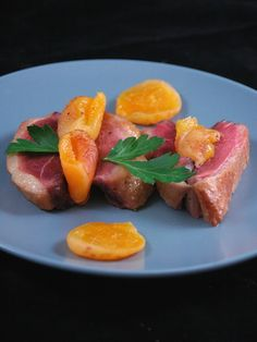 Recette de Rôti de magret ou filet de canard aux abricots secs Filets, 20 Min, Tuna, Fish, Meat, Breakfast, Recipes, Cooking Ideas, Inspiration