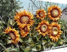 Летом пчелкам целый день  Собирать нектар не лень.  Отнесут его потом  В…