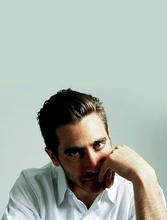 Jake Gyllenhaal the most handsome of all men ever. Jake Gyllenhaal, Mode Masculine, Pretty People, Beautiful People, Ex Machina, Leighton Meester, Raining Men, Mi Long, Attractive Men