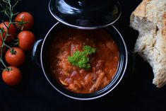 Toskanische Brotsuppe Parmesan, Chana Masala, Ethnic Recipes, Food, Bread Soup, Grilled Tomatoes, Easy Meals, Food Food, Essen
