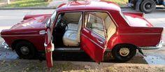 #Peugeot 404 1970. http://www.arcar.org/peugeot-404-78863