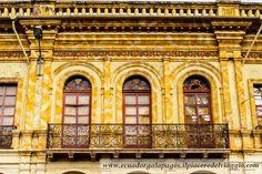 Facciata di un edifico coloniale. #cuenca #ecuador #unesco #worldheritage #patrimonio umanità #sudamerica #southamerica