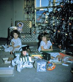 Pennsylvania, Christmas 1954 - Slinky, Top, Dolls and Drawing set keeping us kids busy on our first Christmas in PA