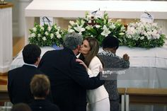 Maria Shriver (2nd R), daughter of Eunice Kennedy Shriver, kisses Beau Doherty… …