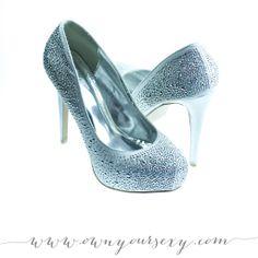 size 9 | #shoes #heels #boudoir #boudoirphotography #boudoirphotos #accessoriesforboudoirshoot #ruebdoudoir #ownyoursexy #nycboudoir