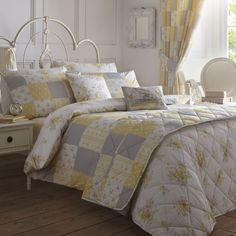 The country comforter sets for our bedroom is perfect for any time of year, but in autumn it seems to make much more sense. Outside time and . Super King Duvet Covers, King Duvet Cover Sets, Queen Comforter Sets, Bed Duvet Covers, Quilt Cover Sets, Quilt Sets, Country Bedding Sets, Bed Linen Inspiration, Purple Bedding