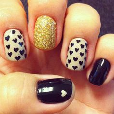 :Gold and Black nails