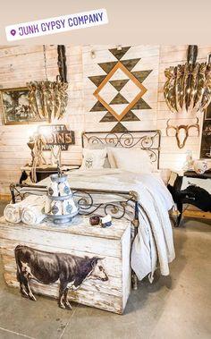 home decor nail to do when bored garden 100 nail bedroom decor Cowgirl Bedroom, Western Bedroom Decor, Western Rooms, Western Decor, Room Ideas Bedroom, Dream Bedroom, Home Decor Bedroom, Diy Bedroom, Cute Room Decor