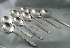 1847 Rogers Bros Soup Bouillion Spoons Anniversary Set of 8 Silver Plate Round