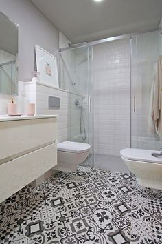 A small and modern bathroom Small Bathroom Furniture, Wooden Bathroom, Bathroom Interior, Small White Bathrooms, Gray And White Bathroom, Modern Bathrooms, Warm Bathroom, Family Bathroom, Downstairs Bathroom