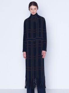 Long knitted coat in cashmere silk, in a ribbed plaid jacquard, featuring lapel collar, bottom fringes and pockets with no closure Silk Taffeta, Silk Crepe, Silk Coat, Knitted Coat, Fringes, Cashmere, Stylists, High Neck Dress, Plaid