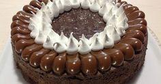 Fabulosa receta para Torta Brownie con Dulce de Leche y Merengue Italiano. Cuando vi ésta torta en algún portal de comida, me quedé impactada y con muchas ganas de hacerla! Una terrible tentación, un pecado mortal..... si te gusta los tres sabores, es la combinación perfecta!!#unadulcetentación Mini Cakes, Cupcake Cakes, Baking Recipes, Cake Recipes, Nutella Cake, Sweet Cooking, Cake Decorating Techniques, Drip Cakes, Cake Shop