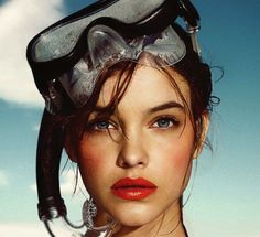 El Pais Semanal Model: Barbara Palvin Photographer: Nico Styled by: Juan Cebrian Summer Looks Summer Editorial Diving Mask Beauty Bright Lips Lipstick Blush
