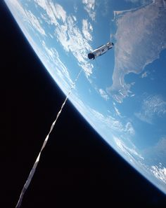 TODAY IN HISTORY: The Agena Target Vehicle is tethered to the Gemini 12 spacecraft as they orbit high above Earth, November Thats the Baja California area of Mexico down below. Apollo 11, Cosmos, Project Gemini, Nasa Spacex, Nasa Space Program, Today In History, Space Photos, Space And Astronomy, Earth From Space