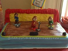 Coolest Alivn and the Chipmunks Birthday Cake... This website is the Pinterest of birthday cake ideas