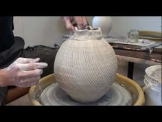 Using Sodium Silicate and a Cheese Cutter to Create a Textured Vase with Hsin-Chuen Lin - YouTube