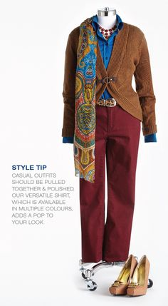 """Cleo Fall Style with Lynn Spence: Style Tip """"Casual outfits should be pulled together and polished. The versatile shirt, which is available in many colours, adds pop to your look. Travel Capsule, Office Fashion, Capsule Wardrobe, Work Wear, New Look, Autumn Fashion, Casual Outfits, Office Style, Fall"""