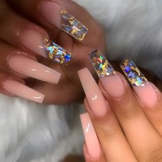 Want to know how to do gel nails at home? Learn the fundamentals with our DIY tutorial that will guide you step by step to professional salon quality nails. Polygel Nails, Bling Nails, Hair And Nails, Glitter Nails, Gorgeous Nails, Perfect Nails, Pretty Nails, Summer Acrylic Nails, Best Acrylic Nails