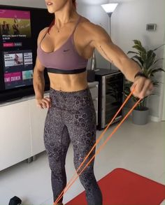 Fitness exercises 717268678141265089 - Muscle Building Set – Build Muscle and Burn Fat from HOME with UNDERSUN resistance bands. Resistance Band Training, Resistance Workout, Resistance Band Exercises, Forme Fitness, Chest Workout Women, Stretch Band, Muscle Building Workouts, Building Building, Shoulder Workout