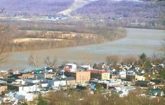 ★ This little Ohio River town is Vanceburg, Kentucky. I lived there for a year.